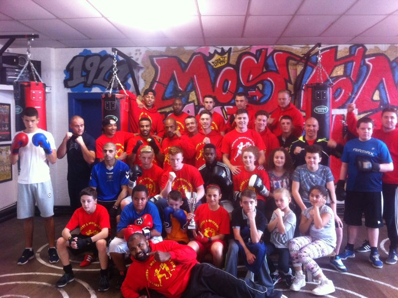 Collyhurst_and_moston_boxing_club_team_pic