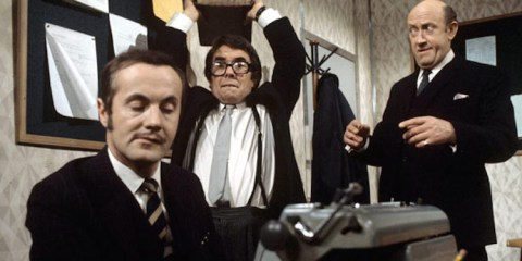 Ronnie Corbett's first solo ouying after the Frost report was no that's me over here