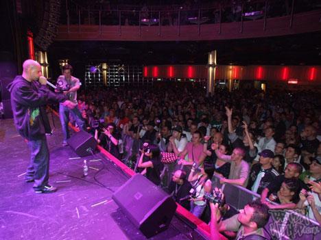 Eklips rocks the crowd