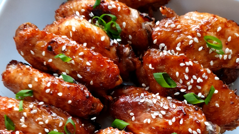 STICKY GINGER SOY WINGS TO MAKE YOU LICK YOUR FINGERS
