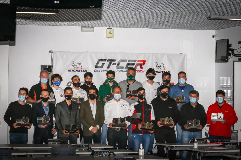 V-Line Org. premia a los campeones 2020 del GT-CER