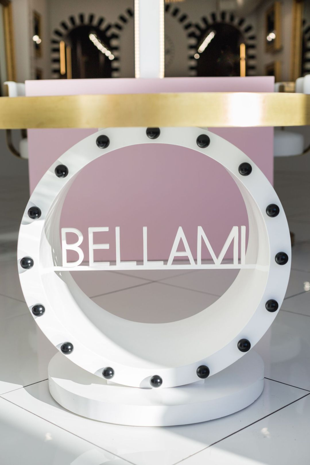 Modern Bellami table design by BE