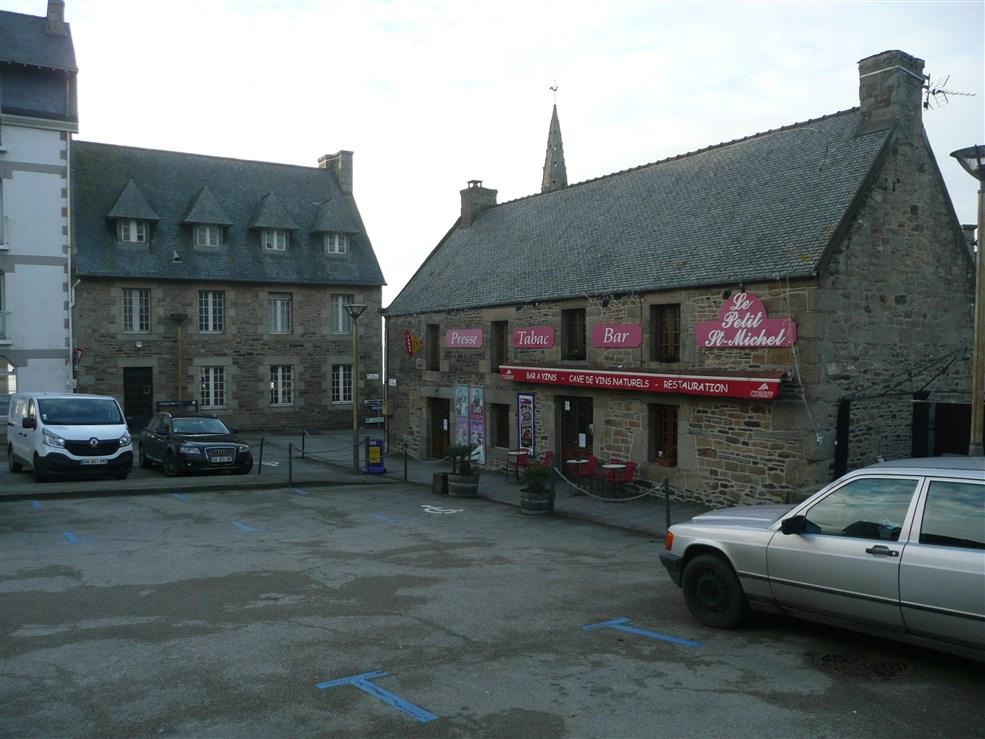 Tabac Saint-michel-en-Grève in brittany