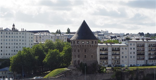 Historical buildings in Brest