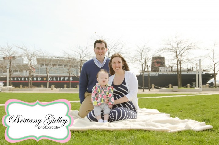 Voinovich Park Session Cleveland | Brittany Gidley Photography LLC