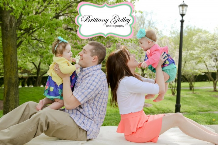 Cleveland Twin Family Photographer   Brittany Gidley Photography LLC