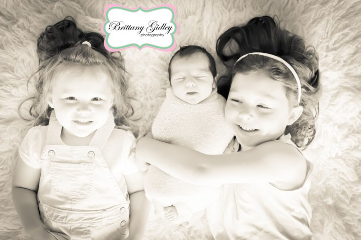 Newborn and Sibling Photography | Brittany Gidley Photography LLC