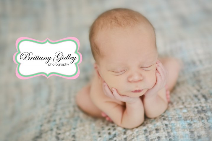 Froggy Pose | Face In Hands | Brittany Gidley Photography LLC