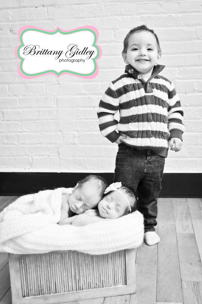 Newborn Twins | Brittany Gidley Photography LLC