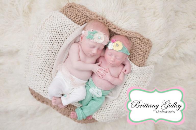 Twins | Twin Posing | Flokati | Brittany Gidley Photography LLC