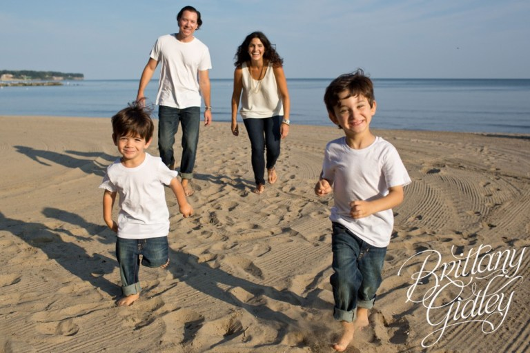 Family Beach Session | Beach | Cleveland Ohio | Family | Brothers