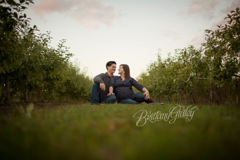 Autumn | Maternity Photography | Love | Fall | Pregnancy | Baby Belly | Brittany Gidley Photography LLC