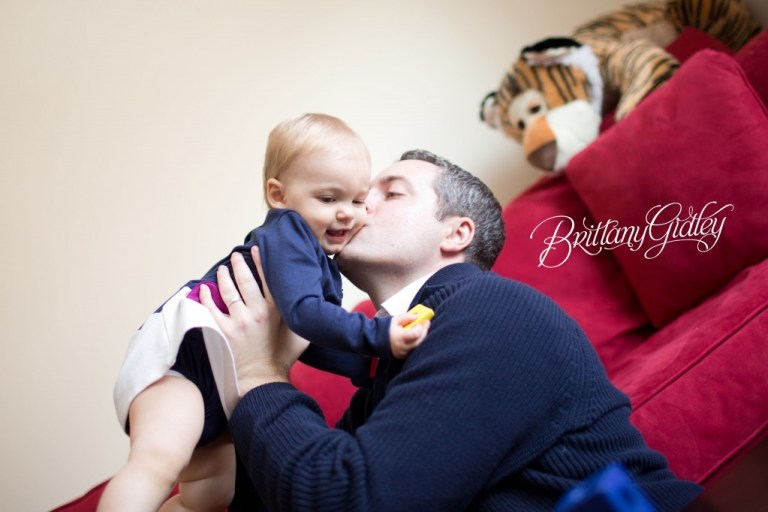 Lifestyle Photography | On Location | In Home | Lifestyle Photography Session | Brittany Gidley Photography LLC | Dad and Daughter