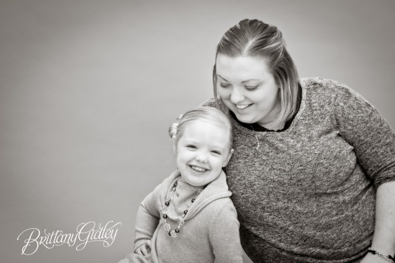 Child Photographer | Start With The Best | Brittany Gidley Photography LLC | www.brittanygidleyphotography.com | Mother and Daughter | Black and White