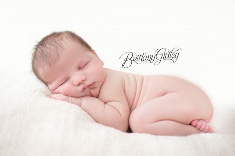 Newborn Photography Cleveland | Cleveland Newborn Photographer | Brittany Gidley Photography LLC | Start With The Best | Cleveland Photographer | Cleveland, Ohio | Photography Studio