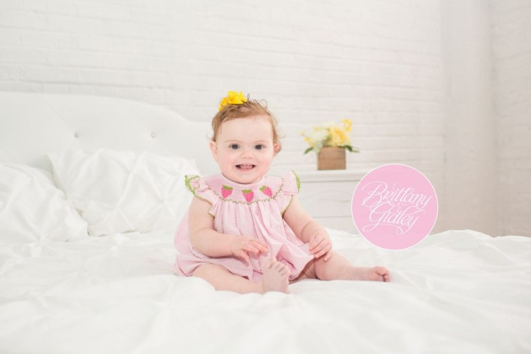 12 Month Old Baby | Baby Photographer | Top Baby Photographer | Infant Photography | Studio | Natural Light