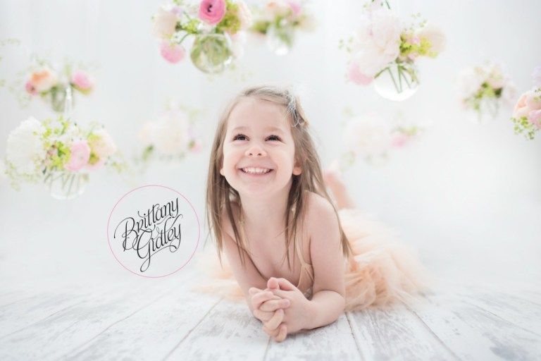 Photographer Collaboration | Child Photographer | Child Photography | Whimsical | Bright | Fun | Studio | Natural Light
