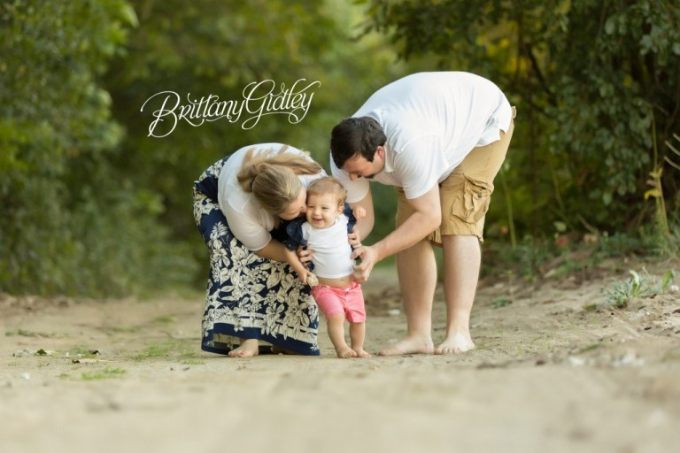 Toddler | 18 Months | Beach Photo Shoot | Family | Tickle
