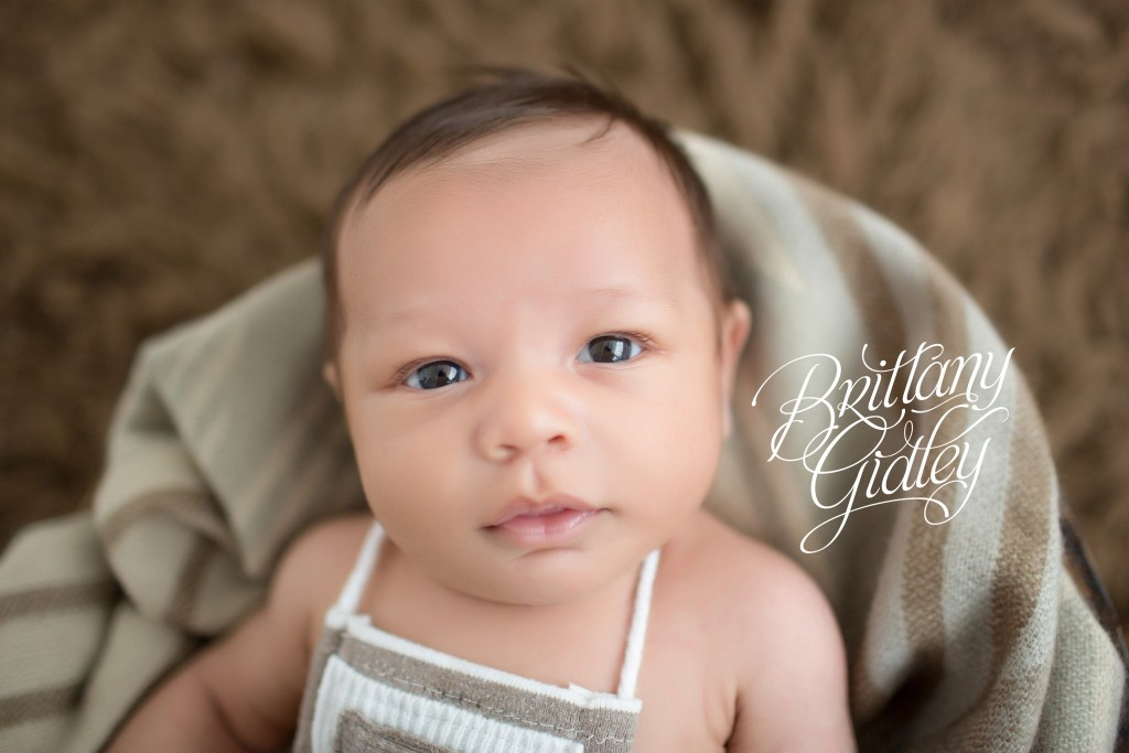 Cleveland Baby Photographer | Introducing Mateo