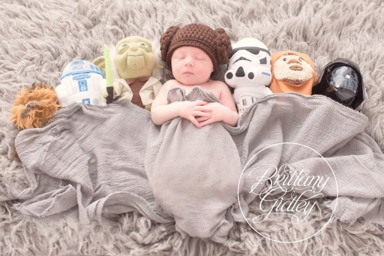 Star Wars Newborn | Newborn Baby Photo Shoot | Start With The Best | Cleveland, Ohio | Brittany Gidley Photography LLC