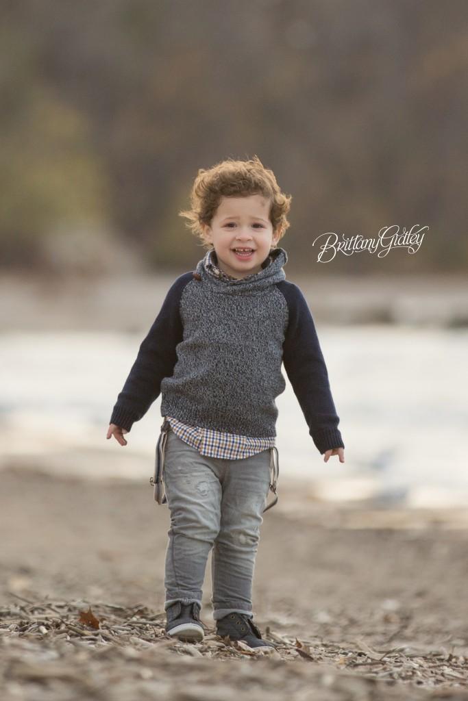 Toddler Photographer | Lake Erie