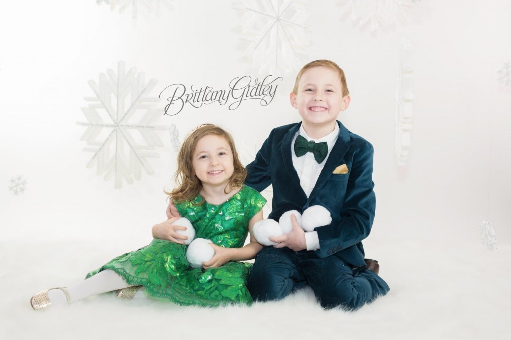 Cleveland Christmas Mini Sessions-16