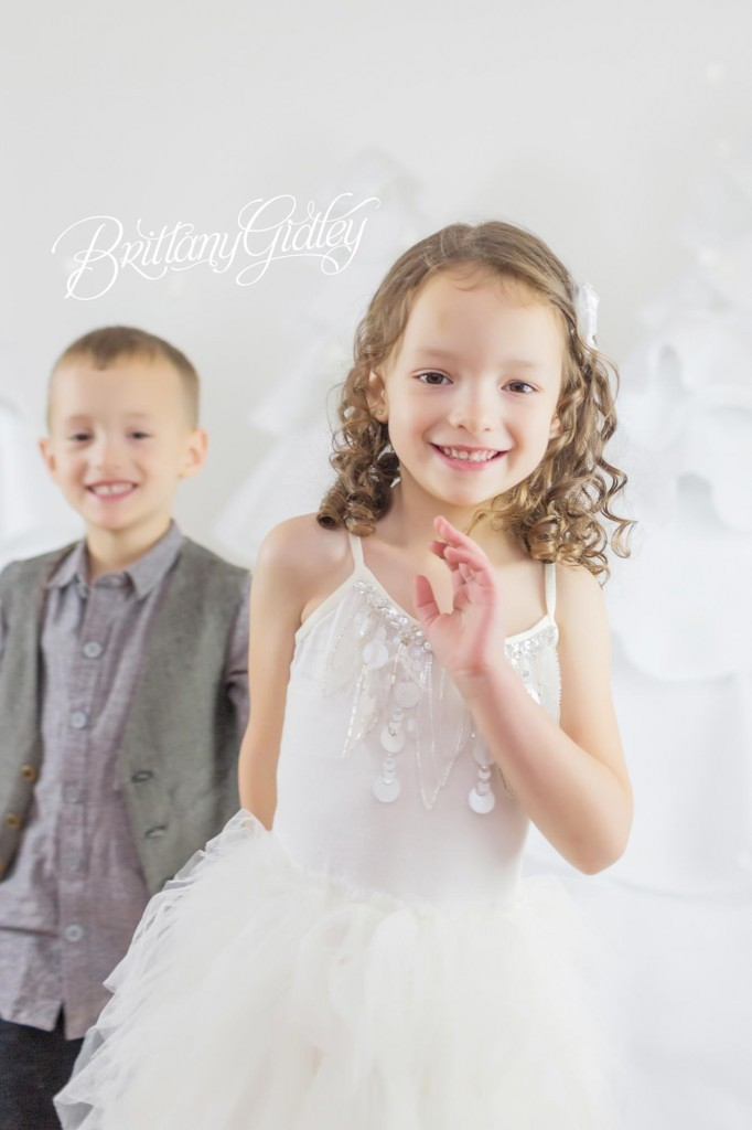 Cleveland Christmas Mini Sessions-75