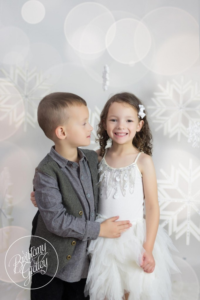 Cleveland Christmas Mini Sessions-85