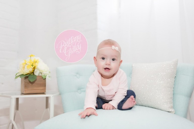 Cleveland Baby Photographer | Cleveland Baby Photography | Cleveland Photography Studio | Baby Photographer | 6 Month Baby