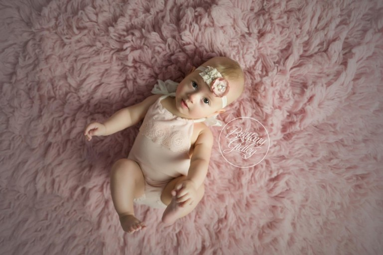 Cleveland Baby Photography | Cleveland Photography Studio | Baby Photographer | 6 Month Baby