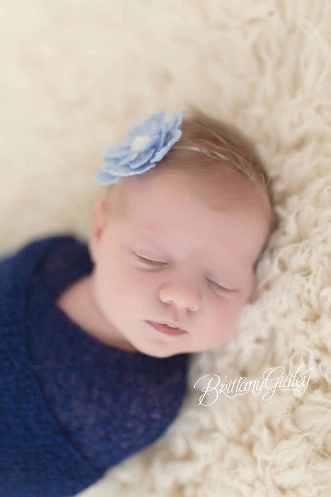 Newborn Baby | Simple Session | Newborn Mini Session | Brittany Gidley Photography LLC