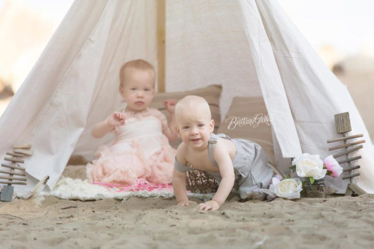 Edgewater Beach Photo Shoot | Edgewater State Park | Cleveland Ohio | Brittany Gidley Photography LLC