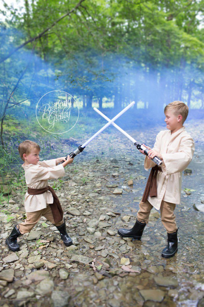 Star Wars Dream Session | Star Wars Photo Shoot | Jedi | Child Photographer | Best Children Photography | May the Force Be With You | www.brittanygidleyphotography.com