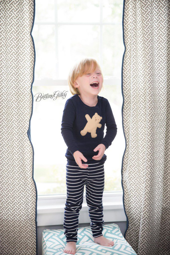 Lifestyle Family Photographer | Cleveland Ohio | Start With The Best | Pajamas