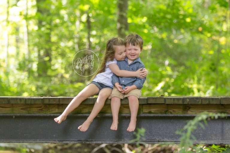 Wheeling Family Photographer | Family Photography | St Clairesville Ohio | Wheeling WV | Woods Photo Shoot