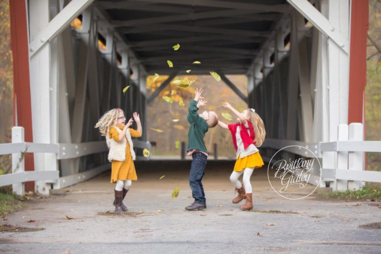 Everett Road Covered Bridge | Family Photographer | Family Photography | Start With The Best | Peninsula, Ohio