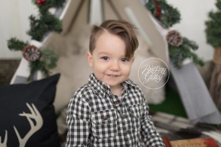 Woodland Wonders Studio Holiday Mini Sessions | Woodland Wonders | Best Child Photographer | Best Baby Photographer | Best Family Photographer | Best Newborn Photographer