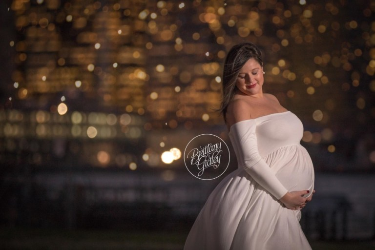 City Lights Maternity Photography | New York City | Photographer NYC | Manhattan | New York City Maternity Photographer