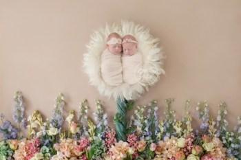 Twin Newborn Photographer | Introducing Ava & Alessandra