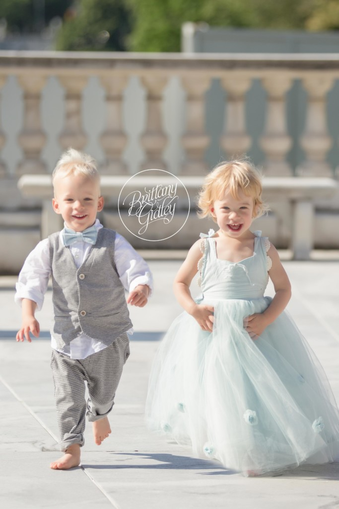 Toddler Photography | Cleveland Museum of Art | Twins | 2 Year Old Photo Ideas
