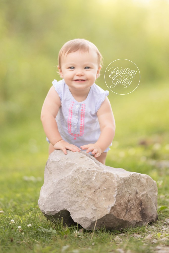 9 Month Baby | Mommy and Me | Lake Erie Bluffs Photo Shoot