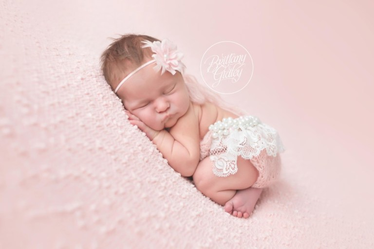 Celebrity Newborn Photography | Newborn Baby Girl | Pretty In Pink | Brittany Gidley Photography | www.brittanygidleyphotography.com