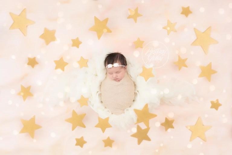 Newborn Star Pictures | Newborn Dream Session | Award Winning Newborn Photography | Newborn Photo Shoot Inspiration