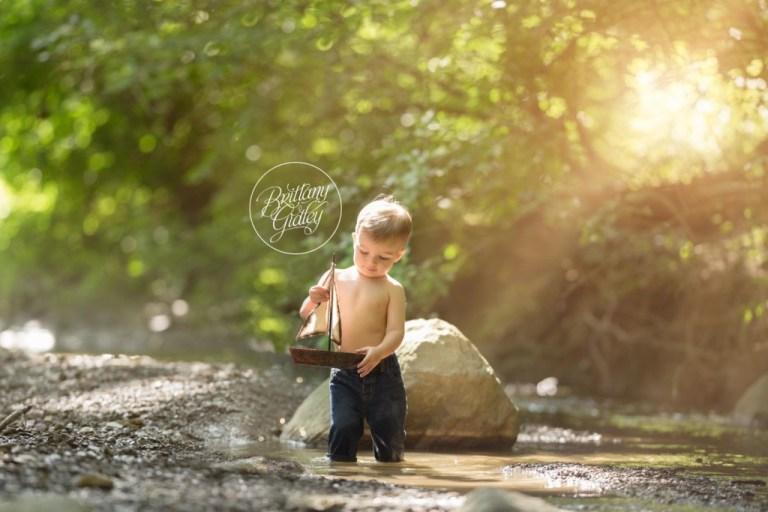 Sail Boat Photo Shoot | Toddler Photography | Cleveland Ohio Photographer