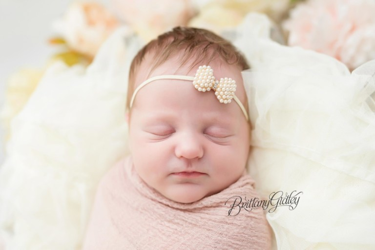 Newborn Photographer | Newborn Photography | Newborn Baby Photos | Brittany Gidley Photography LLC | Westlake, Ohio