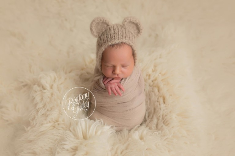 Baby Bear | Start With The Best | Cleveland Ohio Newborn Photographer | www.brittanygidleyphotography.com