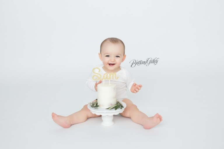 Cake Smash Baby Photography Cleveland Ohio | Start With The Best | Brittany Gidley Photography