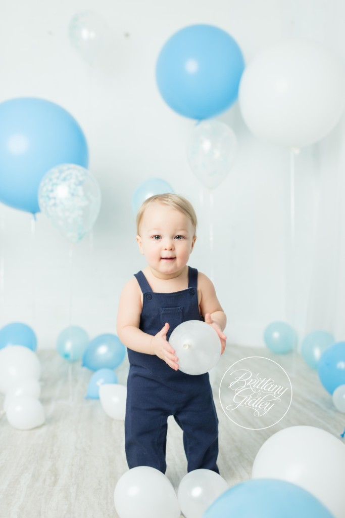 Balloon Birthday Dream Session | Austin 12 Months
