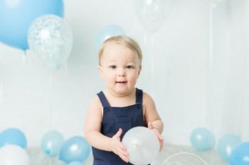 Balloon Birthday Dream Session | Austin 12 Months