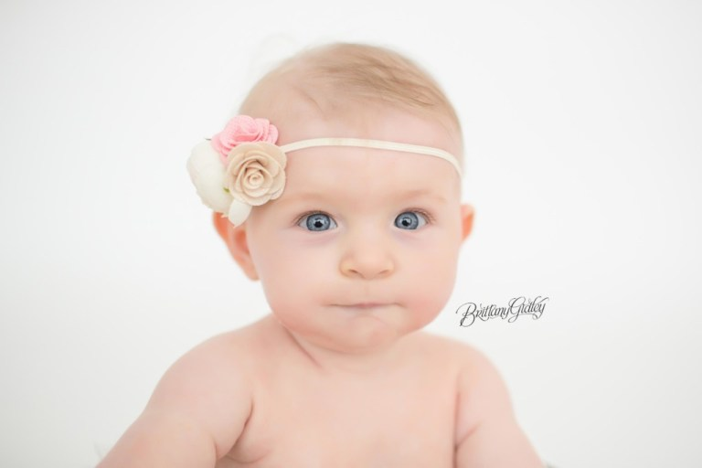 Cleveland Photography | 6 Month Old Baby Girl | Baby Photography Inspiration For Babies